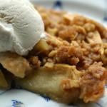 Easy Oatmeal Apple Crisp Recipe