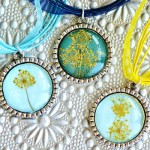 DIY Dried Flower Pendant