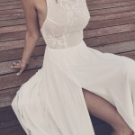 10 Beautiful Beach Wedding Dresses