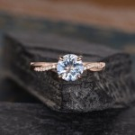 8 Breathtaking Engagement Rings From Etsy