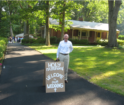 front yard diy wedding
