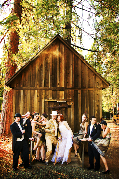 group shot diy wedding in front of lodge