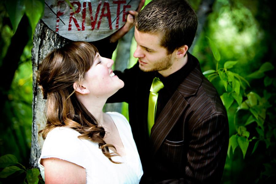 wedding couple at elk view lodge
