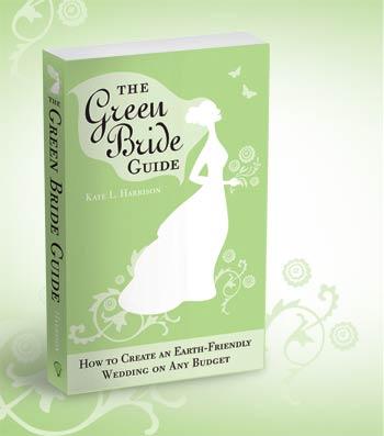 Nhanh chân sở hữu tác phẩm The Green Bride Guide của Kate Harrison.