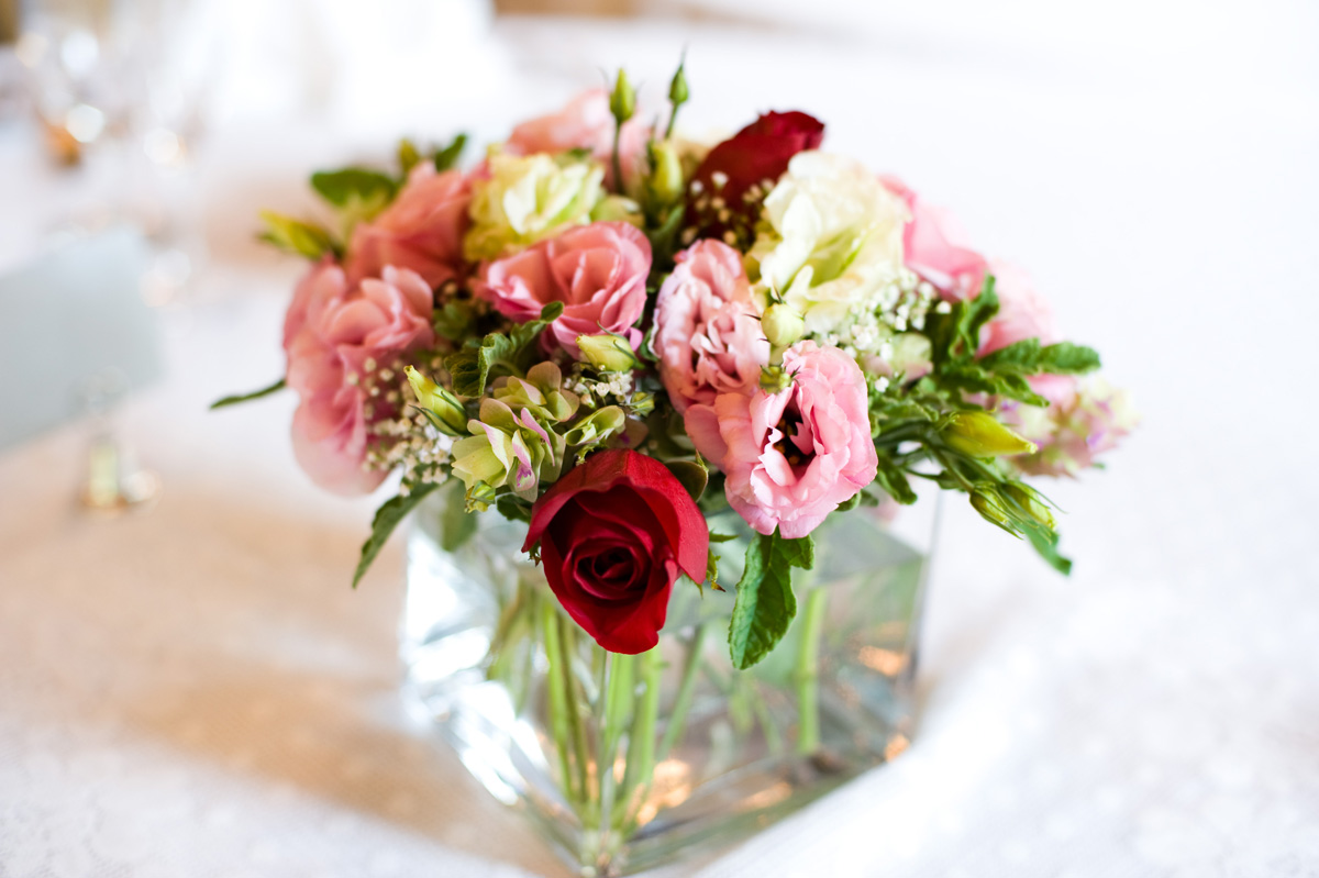 wedding centerpiece with roses
