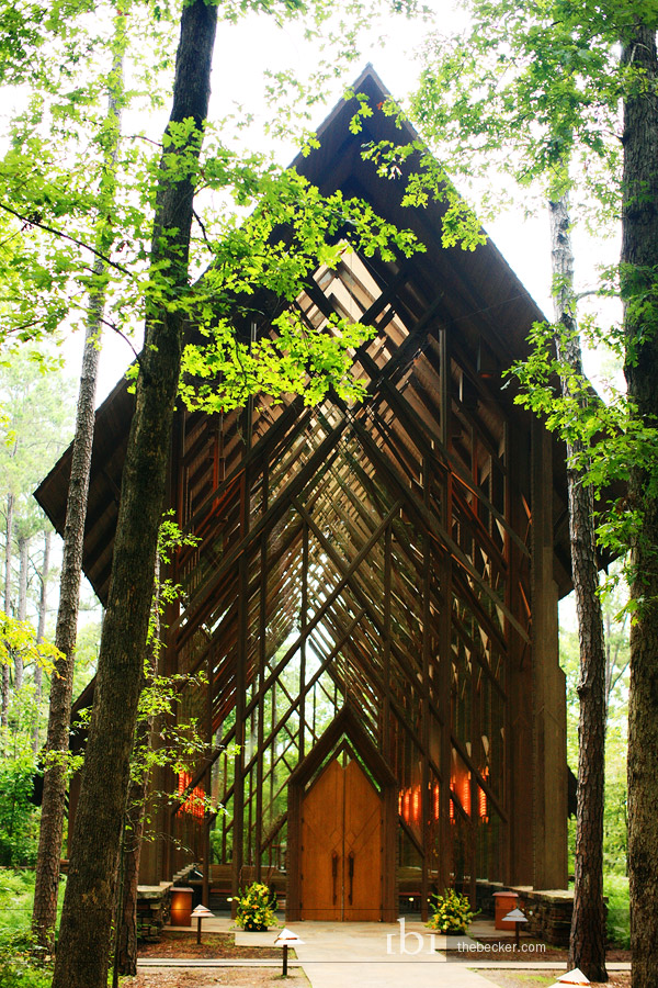 Glass chapel in the woods intimate weddings small for Beautiful gardens to get married in