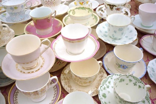 vintage crockery for hire