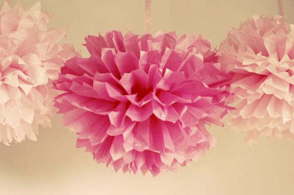 Tissue Paper Pom Poms For Your Wedding Diy Wedding Decor