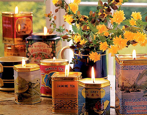 Vintage tea tins for your wedding for Candle decoration with waste material