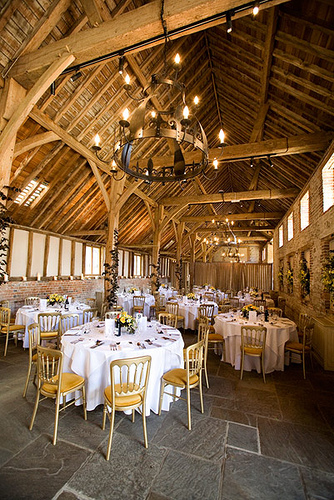 decorating a barn for a wedding pining for a barn reception barn decor ideas to inspire 3352