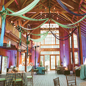 Pining for a barn reception barn decor ideas to inspire barn wedding decor junglespirit Images