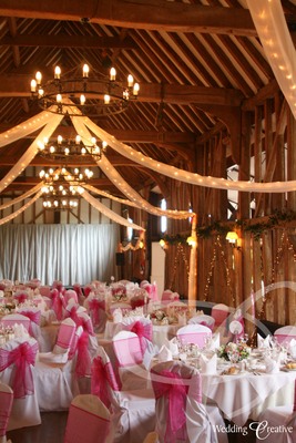 Pining for a barn reception barn decor ideas to inspire barn wedding decorations junglespirit Images