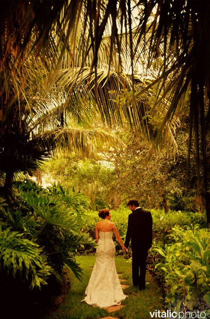 Unique wedding venue in florida the caribbean court for Best wedding venues in the us