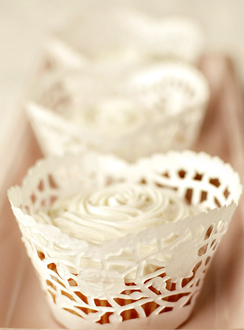 Cupcake Wrappers Made From Doilies Free Wrapper Template
