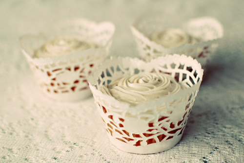paper doilie cupcake wrappers