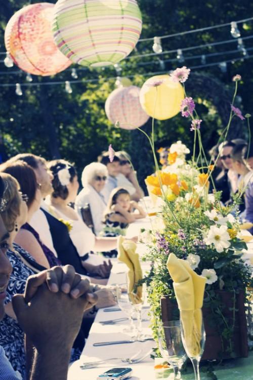 outdoor wedding meal