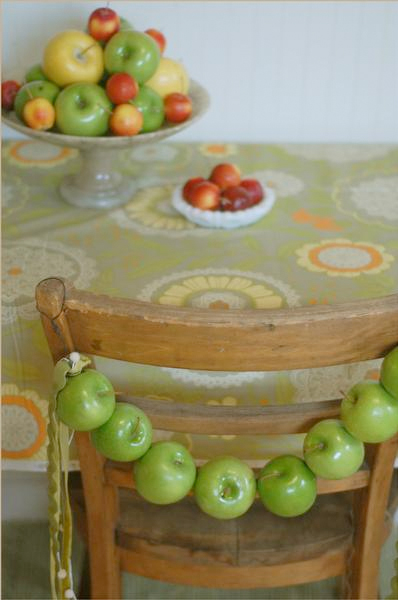 Apple theme diy wedding ideas for Apple decoration ideas