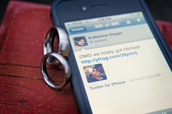 wedding twitter update
