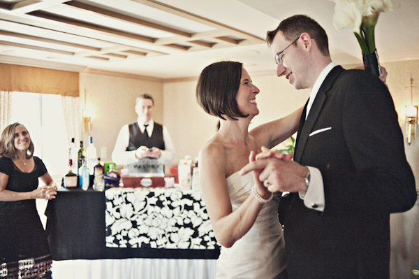 detroit michigan intimate hotel wedding first dance