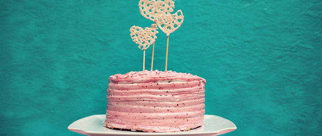 DIY lace heart cake topper
