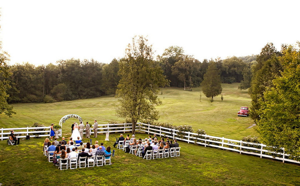 intimate nashville farm wedding
