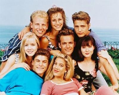 Bộ phim 90210- một trong những bộ phim dành cho thiếu niên khá nổi tiếng vào thập kỉ trước.