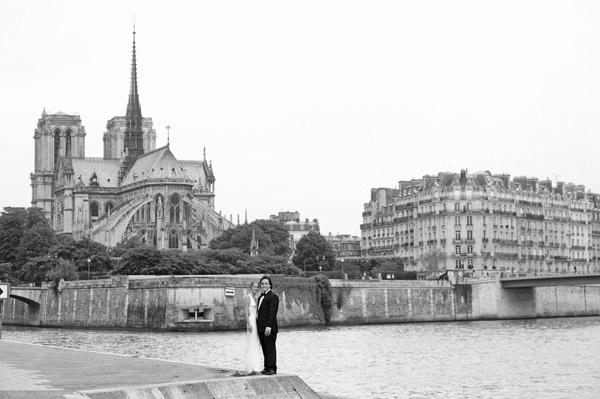 intimate paris france wedding