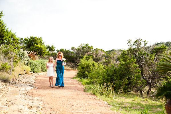 Đám cưới lấy bối cảnh thiên nhiên bình yên và tuyệt đẹp của vùng Dulcinea.
