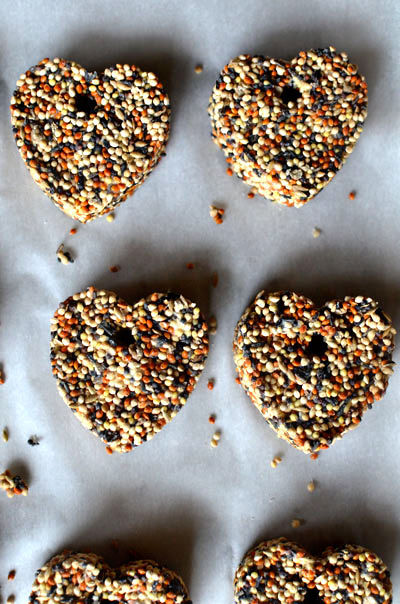 Birdseed Wedding Favor Hearts Easy And Inexpensive Diy