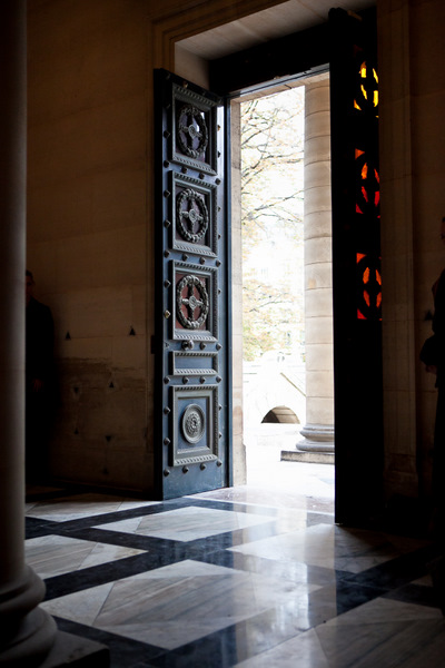 marble floors and grand entrance