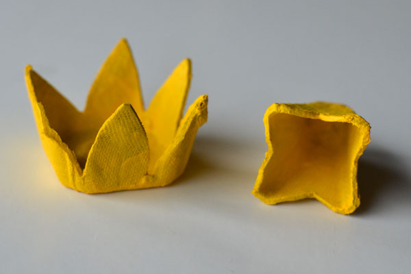 paper-flowers-yellow
