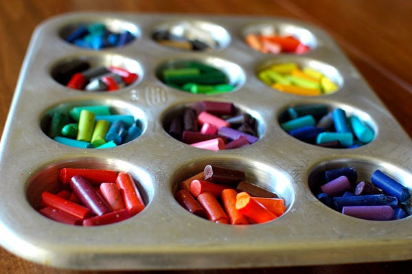 Kids Wedding Gifts: Melted Crayons Favor: DIY Wedding Ideas