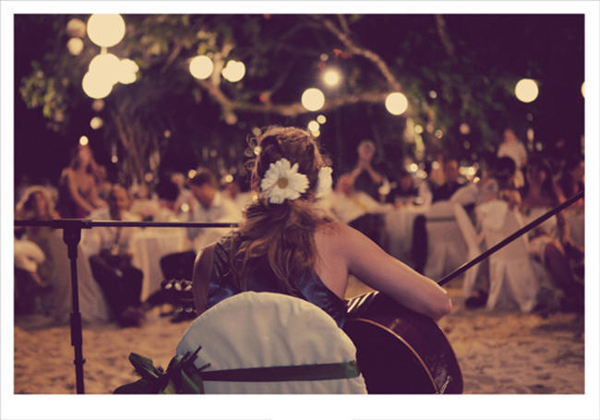 singer songwriter at wedding