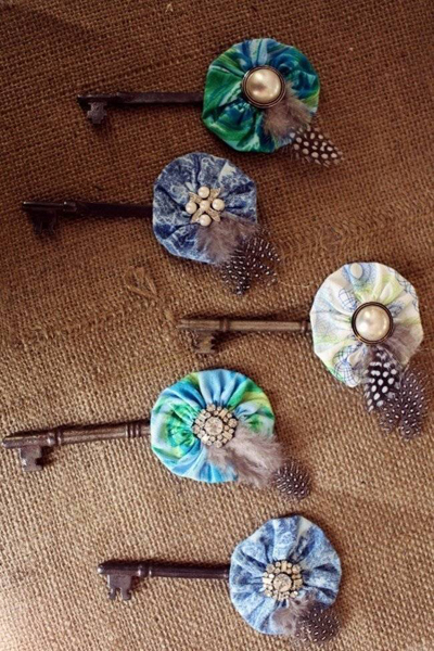 skeleton key boutonnieres