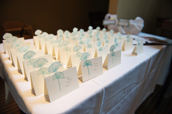 blue floral place cards