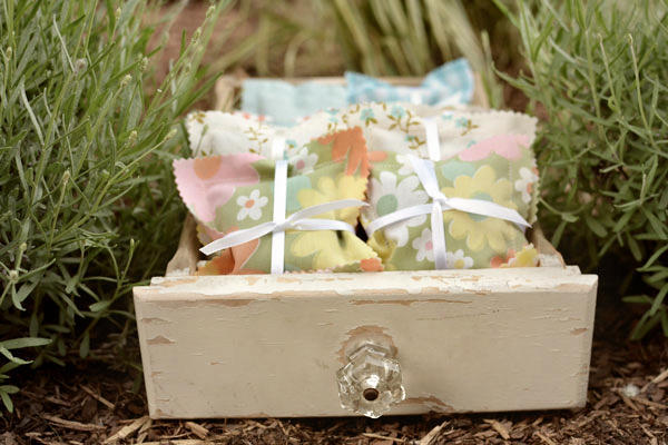 how to make lavender sachets with vintage sheets