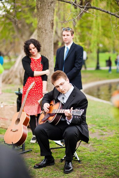 wedding guitarist in the park