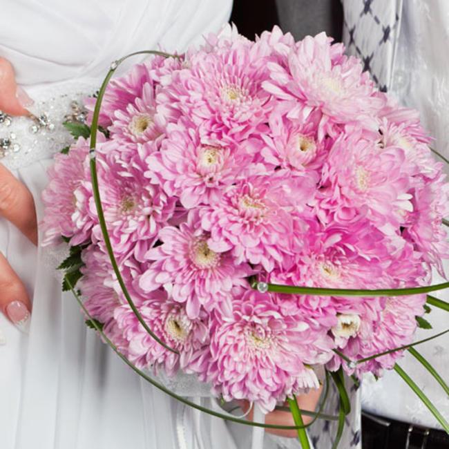 pink mum bouquet
