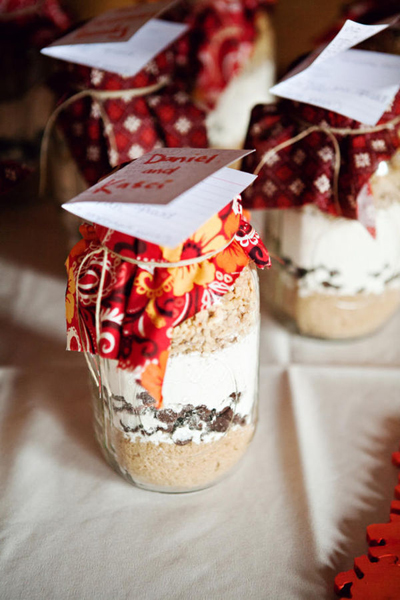 cookie mix in a mason jar wedding favors