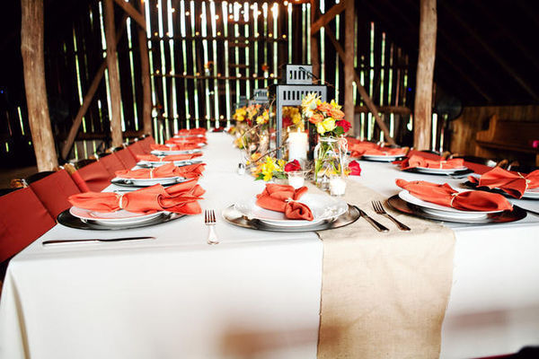 Tennessee barn wedding reception