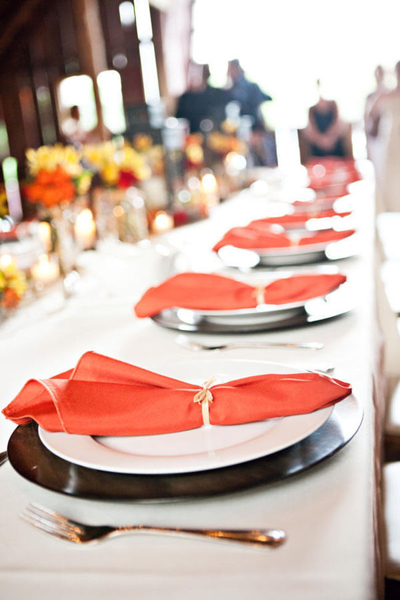 rustic barn table setting