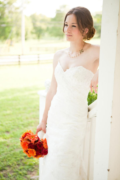 bride in lace gown with sweetheart neckline