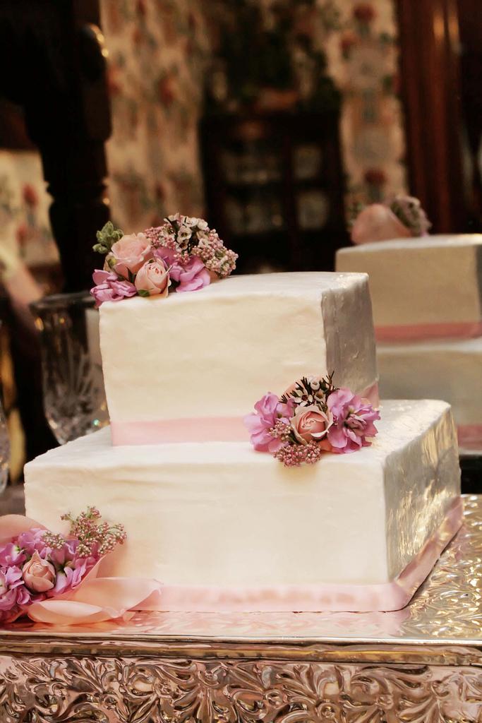 claremont house cake