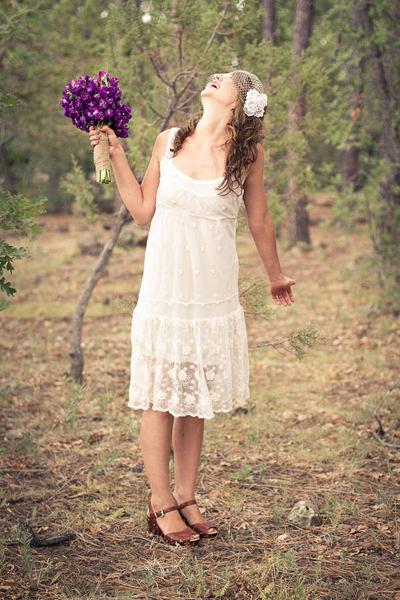 boho bride in short wedding dress