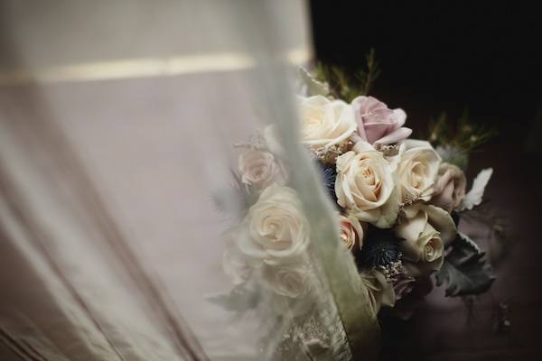 white and lavender rose bouquet