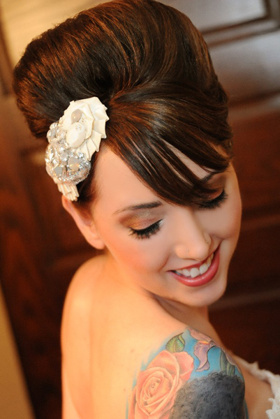 bride with vintage hair clip