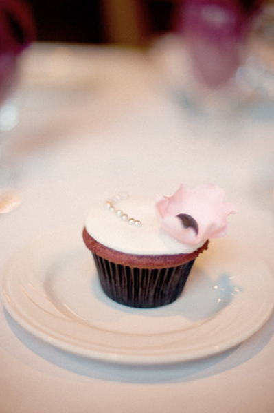 rose petal wedding cupcake