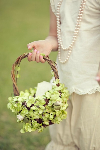Flower Girl Baskets Bouquets : Flower girl ideas