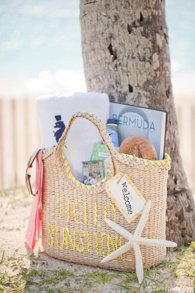 Beach Wedding Gift Basket Ideas : beach wedding welcome bags