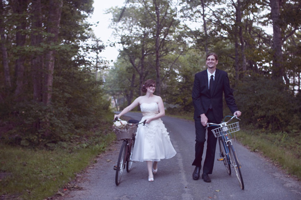 bride and groom with bicycles